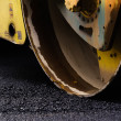 Compact steamroller flatten out the asphalt tar — Stock Photo