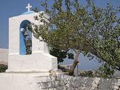 Zia, kos adası, yunanistan kilisesi'nin çan kulesi — Stok fotoğraf