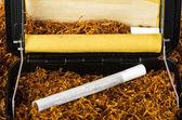 Rolki tytoniu i papierosów — Zdjęcie stockowe
