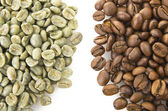 Raw and toasted coffee beans — Stock Photo