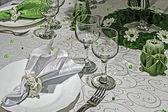 お祝いディナー - 8 のための配置 — ストック写真