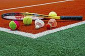 Tennis balls, Badminton shuttlecocks & Racket-4 — Стоковое фото