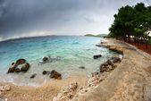 View of the bay, beach and cloudy sky, Croatia Dalmatia — Stock Photo