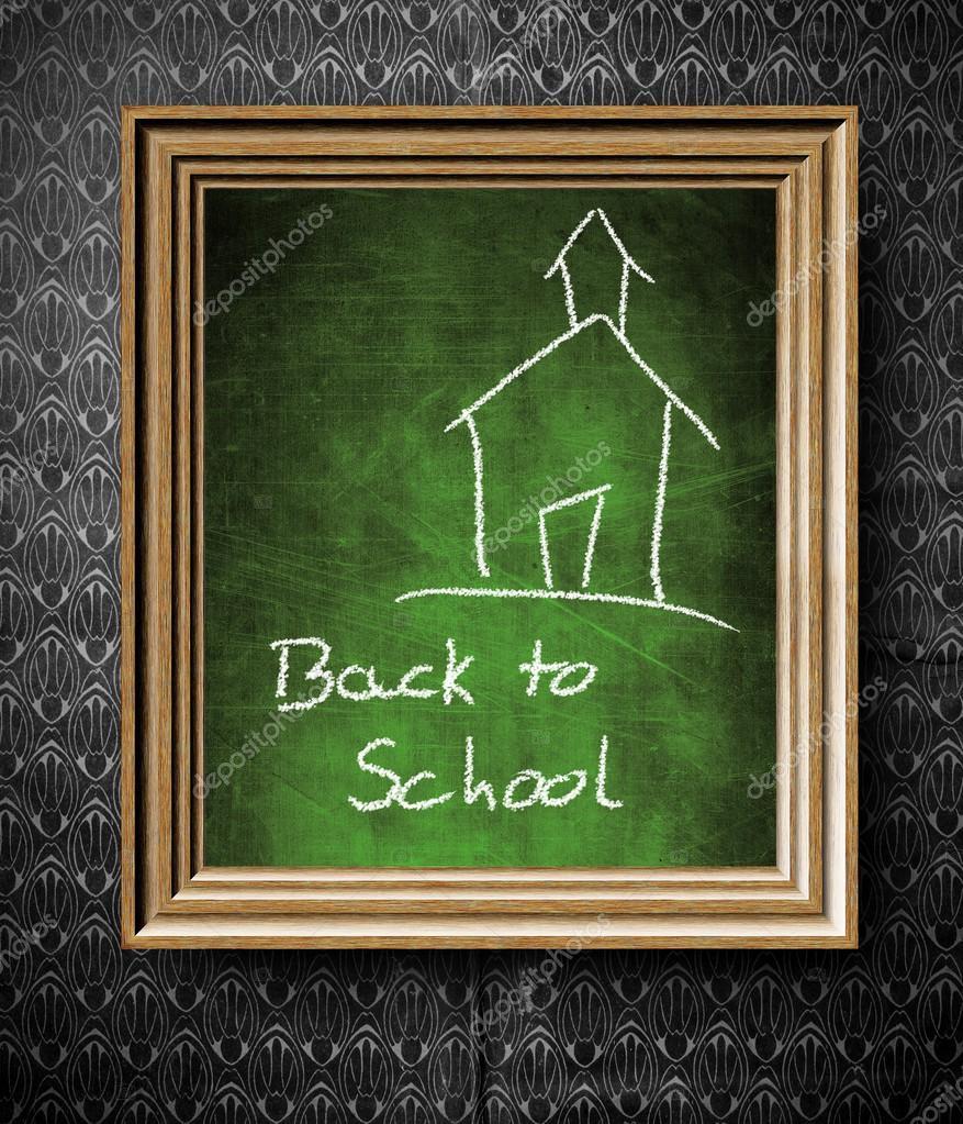 retour au tableau noir cole dans cadre en bois ancien photographie leszekglasner 31633149. Black Bedroom Furniture Sets. Home Design Ideas