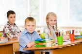 Portrait of schoolkids looking — Stock Photo