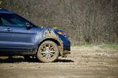 Dirty Off-Road Driving — Stock Photo