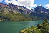 Scenic Montana Lake — Stock Photo