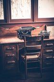 Ghostwriter Desk — 图库照片