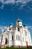 Grandes monasterios de rusia. ugresha — Foto de Stock