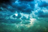 Storm himlen innan ett regn — Stockfoto