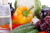 Pyszne świeże warzywa na przygotowanie sałatka — Zdjęcie stockowe