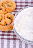 Fresh cottage cheese — Stock Photo