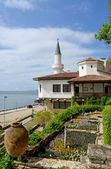 Residence of the Romanian queen by the black sea in Balchik, Bulgaria — Foto de Stock