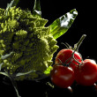 Romanesco cauliflower and tomatoes — Stock Photo