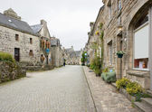 Street view of Locronan, a idyllic medieval village in Brittany, France — Stock Photo