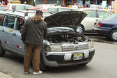 Checking the Engine in Lima, Peru — Stock Photo