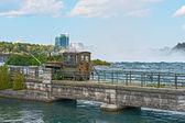 Railed Crane at Niagara River Bridge — Stock Photo