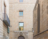 Alley in Barcelona Gothic quarter — Stock fotografie