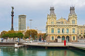 Port Authority  Building and Columbus statue,  Barcelona,  Spain — Stock Photo