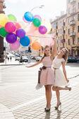 風船を持つ女性 — ストック写真