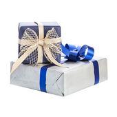 Caja de regalo dos con cinta — Foto de Stock