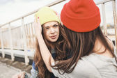 Two young hipster girl friends — Foto de Stock