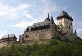замок карлштейн близ праги, чешская республика — Стоковое фото