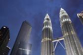 KUALA LUMPUR, MALAYSIA - JAN 2012: Petronas Twin Towers — Zdjęcie stockowe