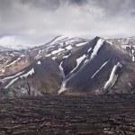 アイスランド、レイキャヴィークのパノラマ ビューの山 — ストック写真
