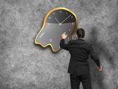 бизнесмен стоя - время концепции стратегии — Стоковое фото
