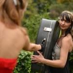 Retro women portrait with suitcase — Stock Photo #13505027