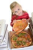 Bambina mangiando pizza — Foto Stock