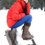 Beautiful girl enjoying the winter season — Stock Photo