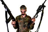 愤怒的士兵拿枪在白色背景上 — 图库照片