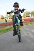 Motorkář skákání — Stock fotografie