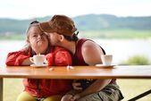 Down syndrome couple — ストック写真