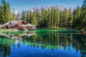 The view of mountain lake Lago Ghedina — Stock Photo