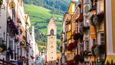 Street of old europian town Vipiteno, Italy — Stock Photo