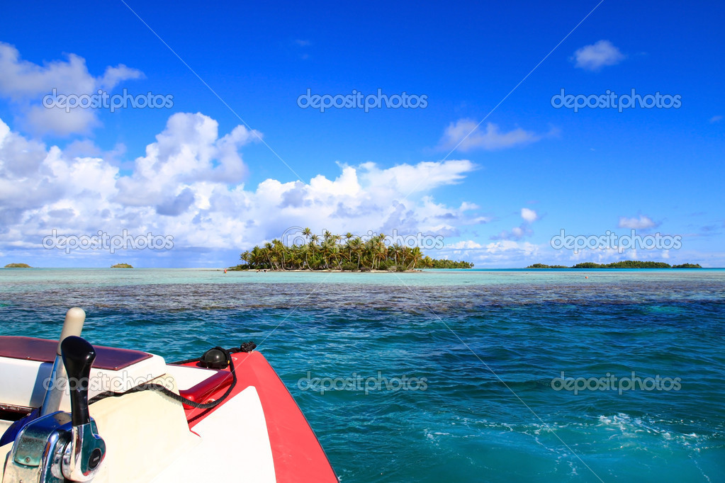 Rangiroa, Tuamotu Islands, French Polynesia  № 7034 бесплатно