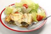 Cannelloni and salad — Stock Photo