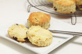 Scone and butter — Stock Photo