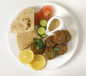 Falafel plate from above — Stock Photo