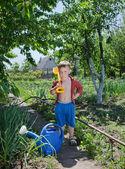 Kendine güvenen genç bahçıvan — Stok fotoğraf