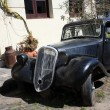 Vintage car in Colonia del Sacramento street, Uruguay — Stock Photo