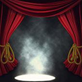 Escenario de teatro dramático con focos — Foto de Stock
