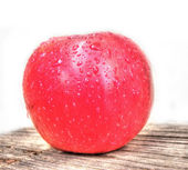 Zralé červené jablko — Stock fotografie