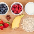 Ingredients for oatmeal with fresh fruit — Stock Photo #45415543