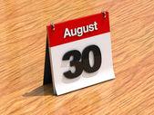Kalender auf schreibtisch - august 30th — Stockfoto