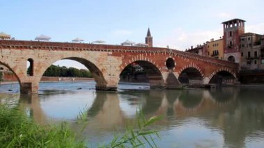 Ancient Roman Bridge in Verona, Italy — Stock Video