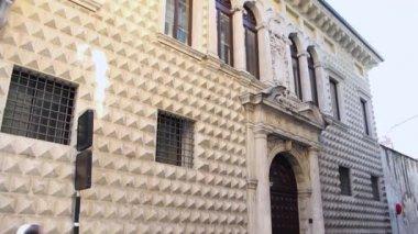 VERONA ITALY - CIRCA DECEMBER 2013: Facade of Diamonds Palace — Stock Video